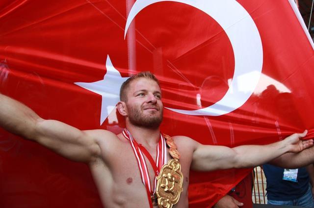 Başpehlivan Balaban 'Survivor 2021'de Antalya'yı temsil edecek