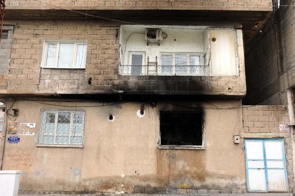 Çıkan yangında yaşamını yitiren iki kardeş, geride gözü yaşlı bir dede bıraktı