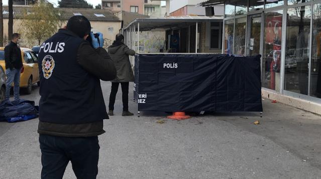 İzmir'de dehşet! Sokakta tartıştığı babasını başına sopayla vurarak öldürdü
