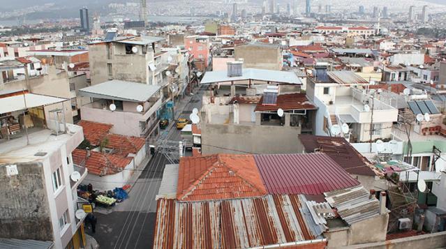 İzmir'in göbeğindeki mahalle, yıllardır doğal gaz bekliyor