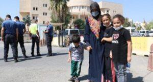 Eşi ve 3 çocuğuna işkence yapan adam adli kontrolle serbest bırakıldı