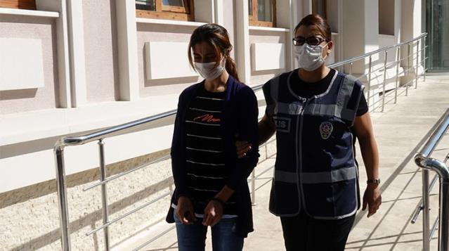 Eşya paylaşımı yüzünden sevgilisini öldüren kadın, mahkemenin karşısına faturaları ile çıktı