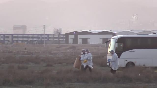 Askeri gösteri uçağı düştü (5)