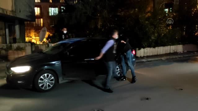 Kartal'daki bir avukatlık bürosunda silahlı kavga - Zanlı Asayiş Şube Müdürlüğü'ne getirildi