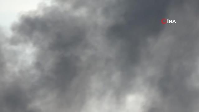TÜPRAŞ'ın simsiyah dumanı tedirgin etti