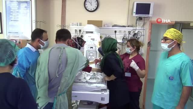 Gaziantep'te Üçüz bebek sevinci