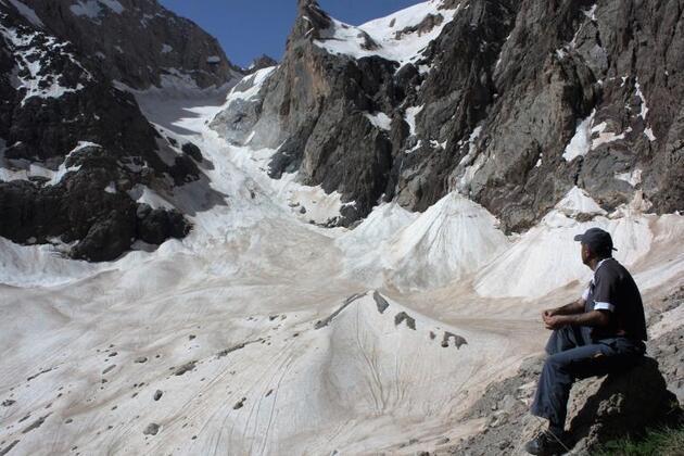 Hakkari'deki Erinç Buzulu'nun son 10 yılı olabilir