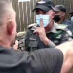 son-dakika-haberi-israil-de-asi-karsitlarindan-basbakan-bennett-in-evinin-onunde-protesto-5-gozalti-60fb220c60ea9