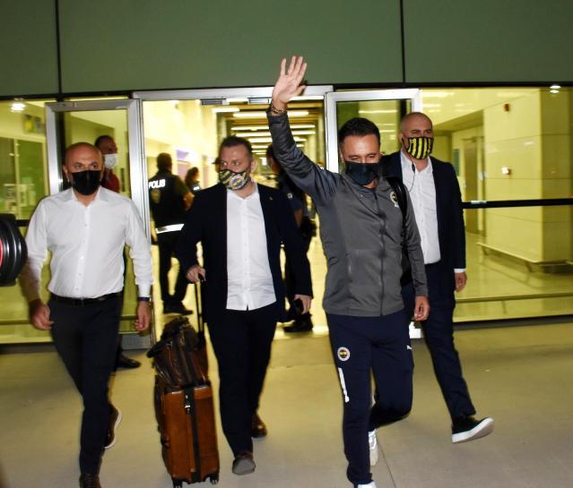 Fenerbahçe, Altay mücadelesi için İzmir'e geldi