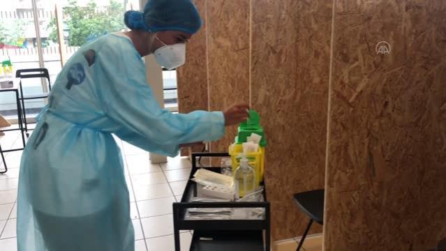 Fransa'da Kovid-19 sağlık ruhsatı uygulaması başladı (2)